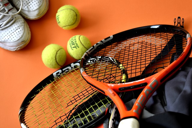 vybavení na tenis
